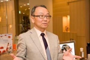 講演会を企画したパリクラブ理事の遠藤純也さん。