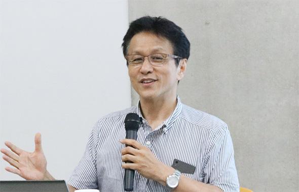 ユマニチュードを脳科学の面から研究する竹林教授