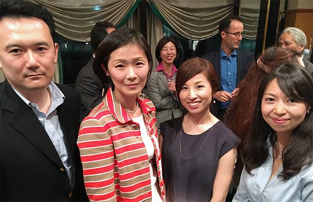 左から、山根正裕さん、山田朋子さん、郡司恵美さん、清水梨衣さん