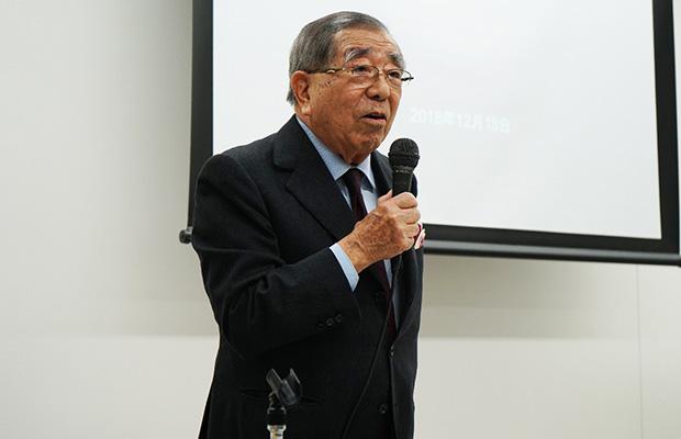 渡仏中の話題を紹介する磯村氏